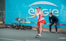 Valéria Savinykh (Russie) et  Susan Bandecchi (Suisse) en finale du Ladies Open Calvi-Eaux de Zilia