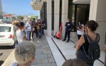 Bastia : Les accompagnants d'élèves en situation de handicap dans la rue