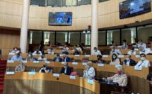 Première session et premières tensions à l'Assemblée de Corse