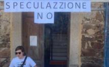 """""""Spéculation immobilière naissante"""" à Galeria : une trentaine de personnes occupent la mairie"""