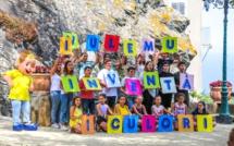 Folelli : les élèves de Scola in festa tournent un clip vidéo pour fêter leur école