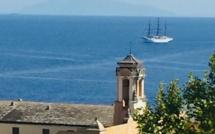 Le Sea Cloud II entre Bonifacio et Bastia