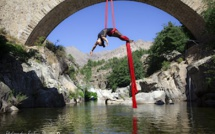 Arabesques aériennes sous le pont génois d'Albertacce