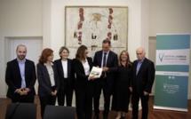 Rapport sur l'évolution institutionnelle de la Corse : un pas vers l'autonomie ?