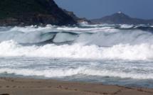 Météo : Danger de vagues et submersions sur le littoral Ouest