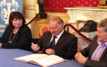 Normalisation des adresses à Ajaccio : Une charte entre La Poste et La ville entérinée