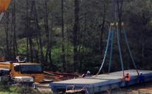 Lotissement Confina II : Le pont métallique installé
