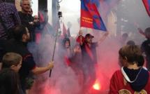 """Ajaccio : Les """"diables Rouges"""" envahissent la la Maison Carrée"""
