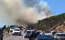 Teghime : La voiture prend feu et enflamme le maquis !