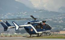 Castiglione : L'hélicoptère de la gendarmerie récupère 3 randonneurs... déshydratés !