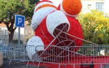 Le Père Noël vandalisé à Porto-Vecchio
