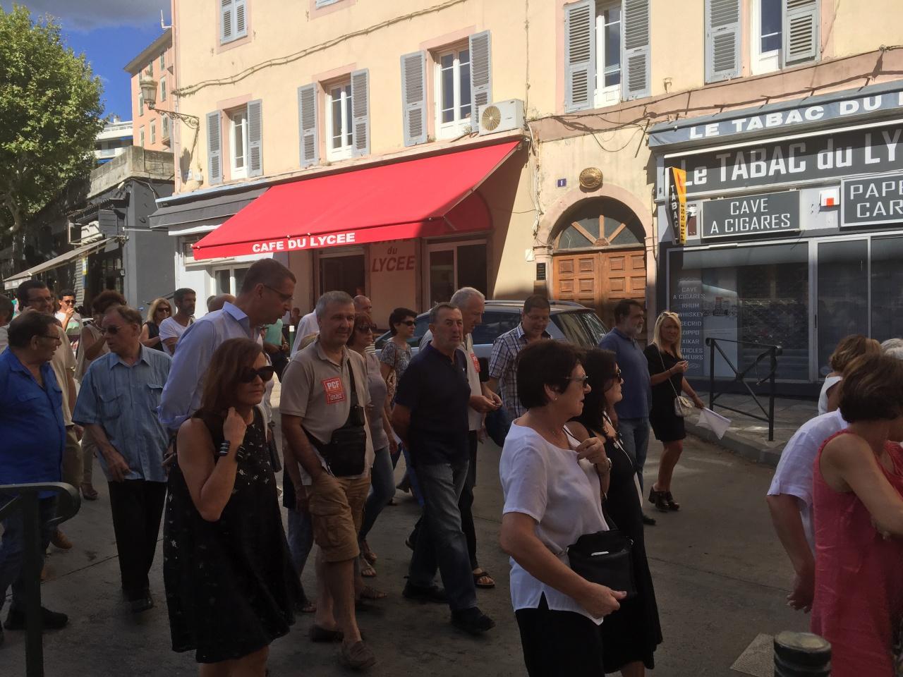 Bastia en marche pour la paix - Porter plainte pour agression verbale ...